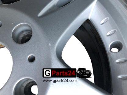 Detailfoto Nummer 1: 16 Zoll Felge G-Klasse A4634010702 w463 w461 silber